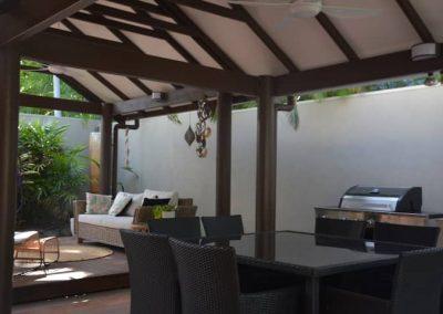 aruba port douglas beach house accommodation